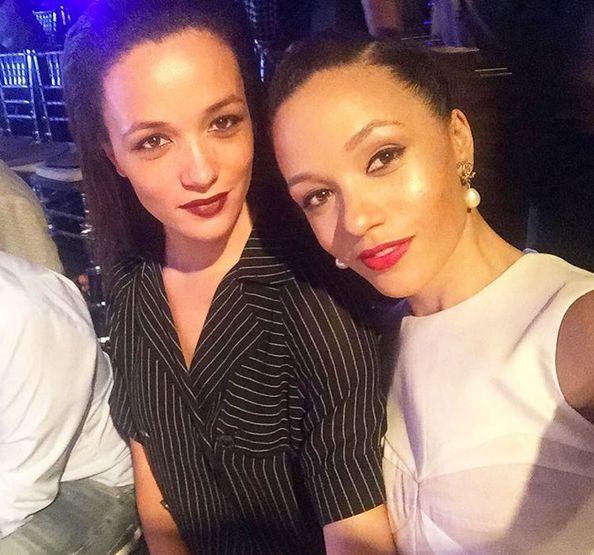 Eku with her twin sister Kessiana Thorley at the Fashion Week