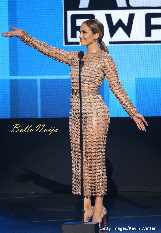 Jennifer Lopez wore 10 Outfits to Host the 2015 AMA & Slayed EVERY ... Jennifer Lopez