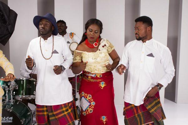 Yemi Alade - Na Gode [B-T-S] (11)