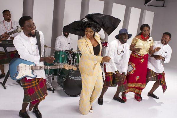 Yemi Alade - Na Gode [B-T-S] (12)