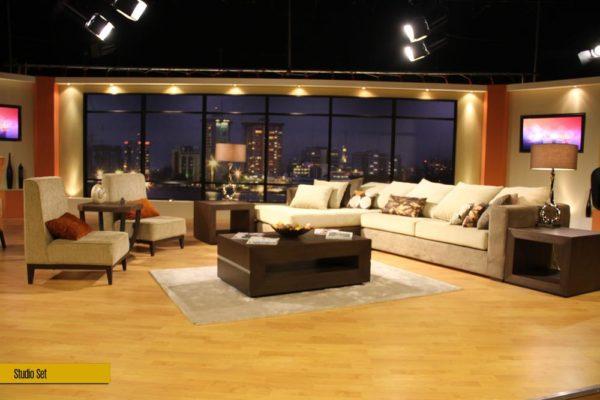 52. studio set 02