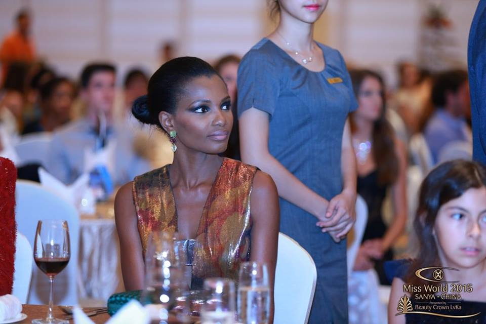 Agbani Darego (Miss World 2001)