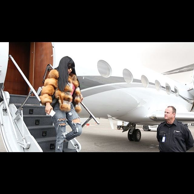 Arrival in Angola Nicki Minaj