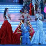 Crowning Miss World 2015