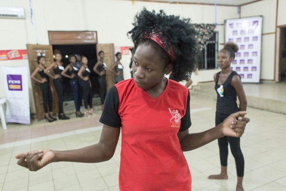 Dare2Dream University of Port Harcourt Screening - BellaNaija - November2015006