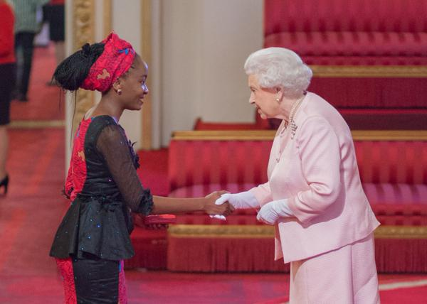2015 Winner Nkechi Azinge receiving her award from the Queen