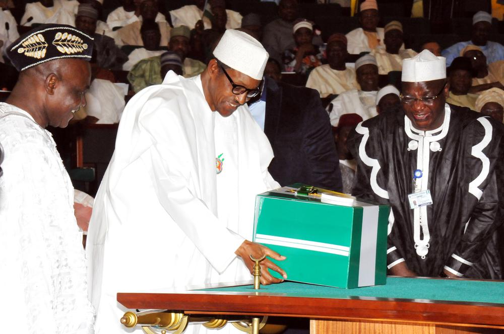 PIC. 4. PRESIDENT MUHAMMADU BUHARI (L), PRESENTING THE 2016 APPROPRATION BILL TO A JOINT SESSION OF THE NATIONAL ASSEMBLY IN ABUJA ON TUESDAY (22/12/15). LEFT IS THE SENIOR SPECIAL ASSISTANT TO THE PRESIDENT ON NATIONAL ASSEMBLY MATTAERS (SENATE), SEN. ITA ENANG AND CLERK OF THE NATIONAL ASSEMBLY, ALHAJI SALISU MAIKASUWA. 7803/22/12/2016/ICE/BJO/NAN