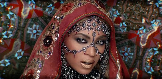 1Beyonce Coldplay Hymn for the Weekend