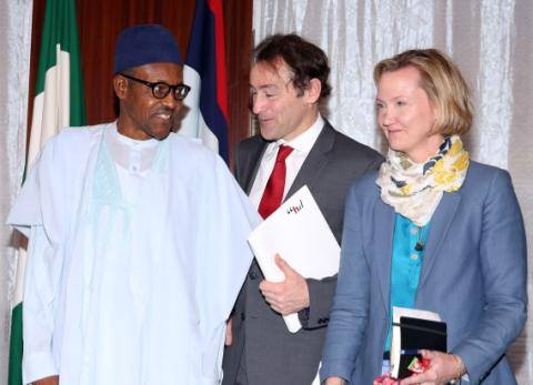 President Muhammadu Buhari, Advisor Gender, HD Centre, Hajiya khadijath H. Gambo, Africa Regional Director, Centre for Humanitarian Dialogue, Ms. Meredith Preston McGhie and others during an audience with the centre for Humanitarian Dialogue at the State House in Abuja