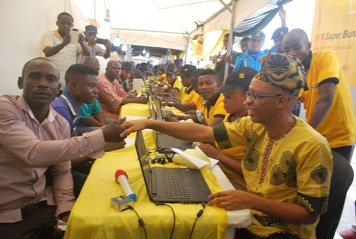 MTN Ambassadors Register Customers 3