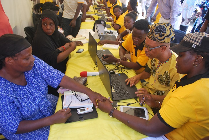 MTN Ambassadors Register Customers 4