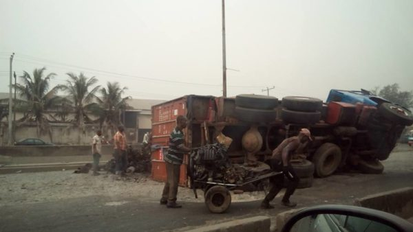 Oshodi Apapa Accident 1