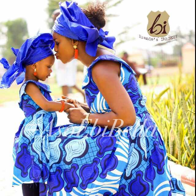 Sisimi and mum, photo by brandos imagery