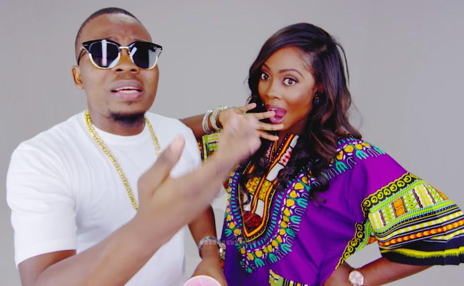 Tiwa Olamide Standing Ovation Video 1