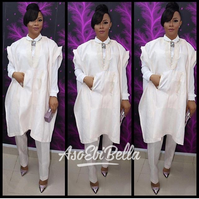 @tokemakinwa in @titi_belo agbada, MUA @anitabrows, hair @tasalahq, jewelry @lerevepieces