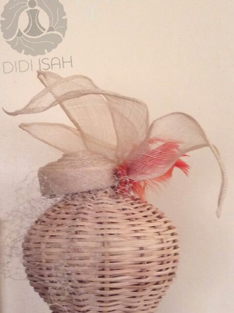 Didi Isah Valentine Fascinator Side view