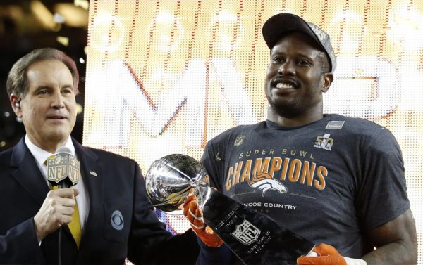 SANTA CLARA, CA - FEBRUARY 07:  Super Bowl MVP   Von Miller #58 of the Denver Broncos celebrates with the Vince Lombardi Trophy after winning Super Bowl 50 at Levi's Stadium on February 7, 2016 in Santa Clara, California.  The Broncos defeated the Panthers 24-10.  (Photo by Ezra Shaw/Getty Images)