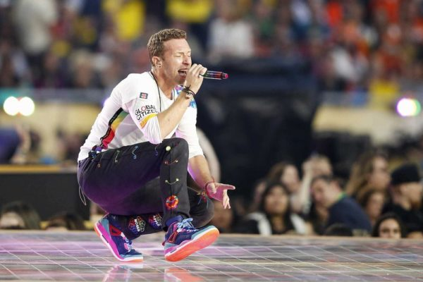 Super-Bowl-50-Beyonce-Coldplay-Mark-Ronson-February-2016-BellaNaija0009