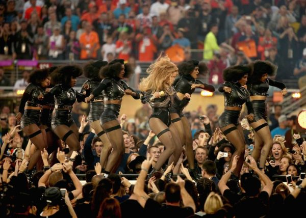 Super-Bowl-50-Beyonce-Coldplay-Mark-Ronson-February-2016-BellaNaija0019