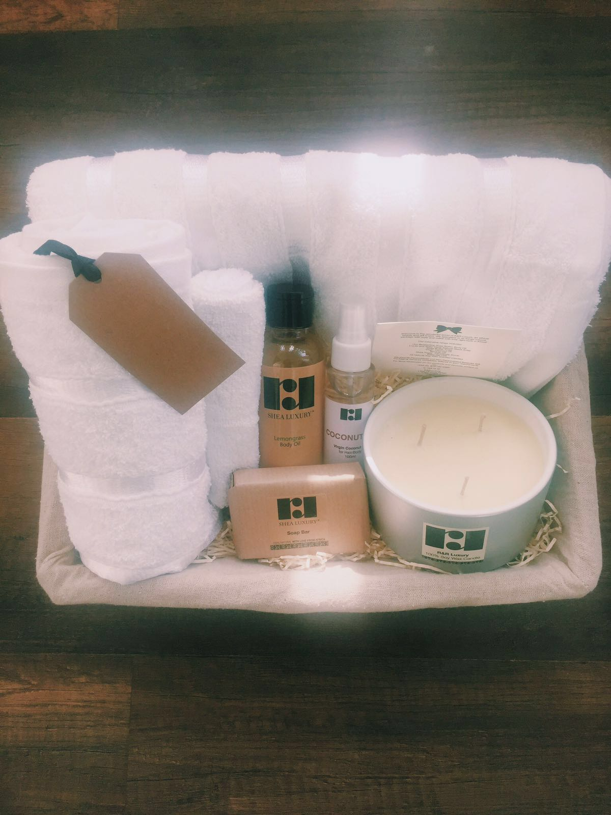 r and r luxury pamper package