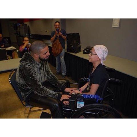 Drake Rihanna fan 1