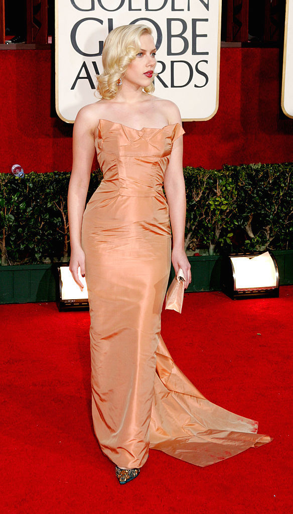 BEVERLY HILLS, CA - JANUARY 16: Actress Scarlett Johansson arrives to the 62nd Annual Golden Globe Awards at the Beverly Hilton Hotel January 16, 2005 in Beverly Hills, California. (Photo by Kevin Winter/Getty Images)