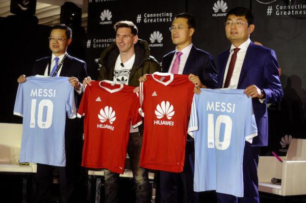 Huawei-Appoints-Messi-As-Ambassabor-March-2016-BellaNaija0009