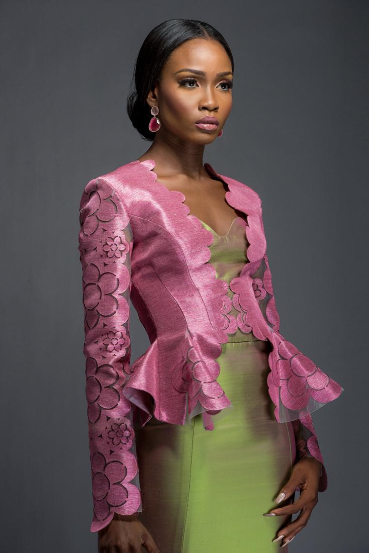 Komole-Kandids-Series-2_House-of-Deola_Aso-Oke_Nigerian-Wedding_BellaNaija_21