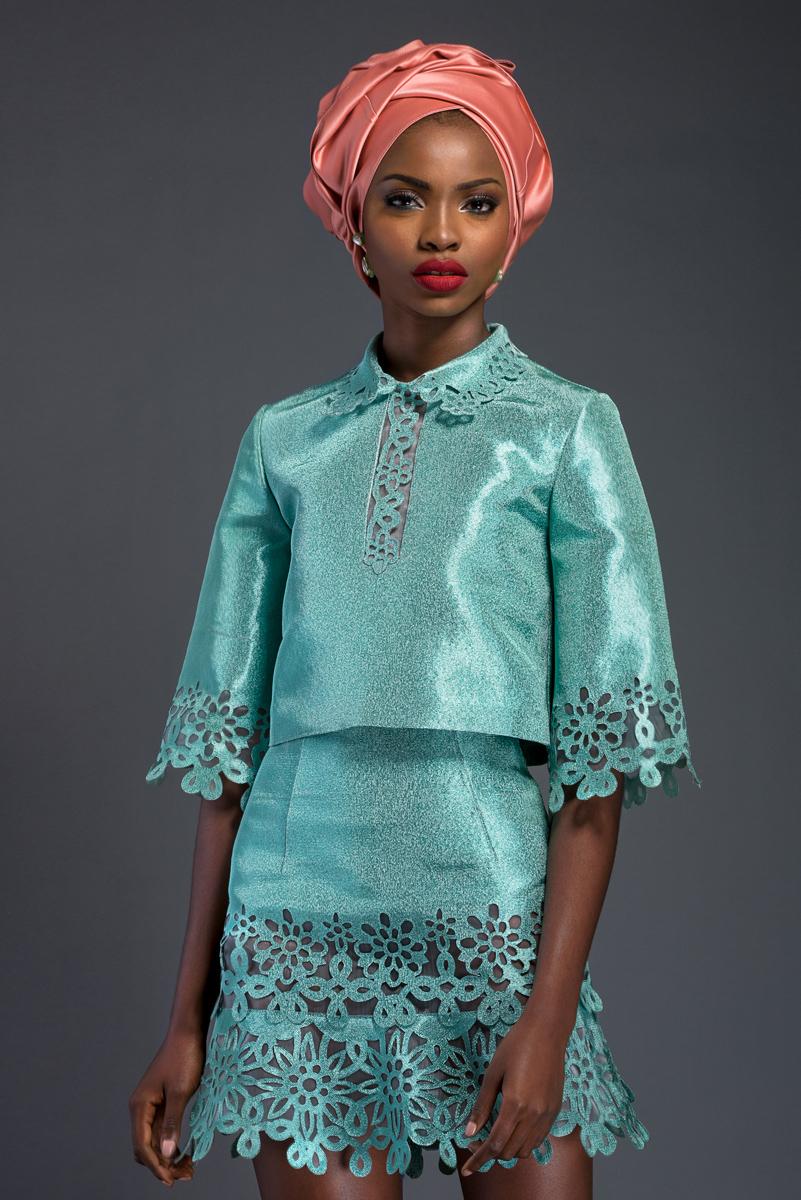 Komole-Kandids-Series-2_House-of-Deola_Aso-Oke_Nigerian-Wedding_BellaNaija_29