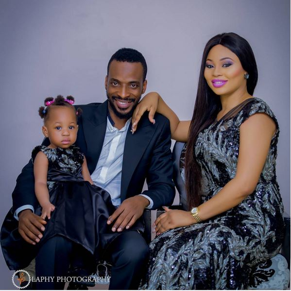 wow:Picture of 9ice and his Family, awesome