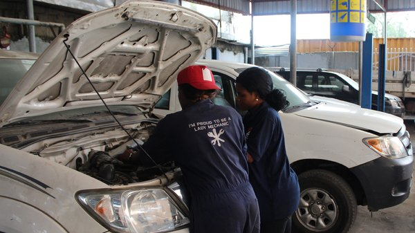 Nigerian woman mechanic