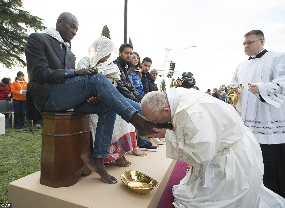 Pope Francis 1 (3)