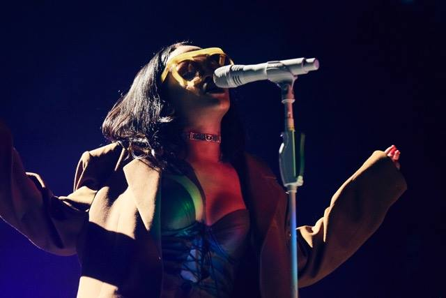 Rihanna-ANTi-World-Tour-March-2016-BellaNaija0024