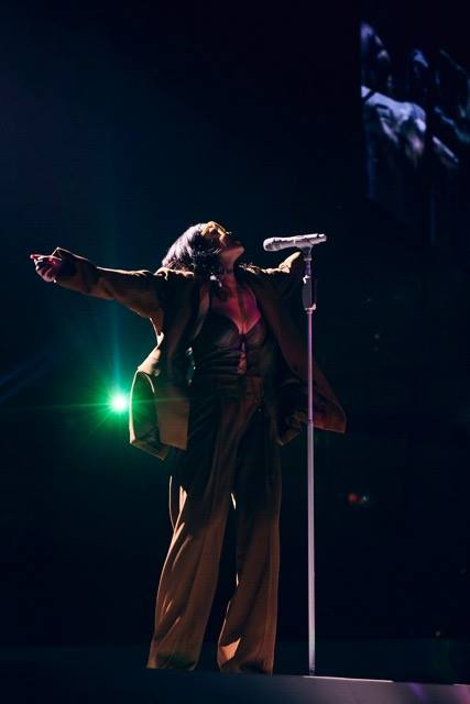 Rihanna-ANTi-World-Tour-March-2016-BellaNaija0025