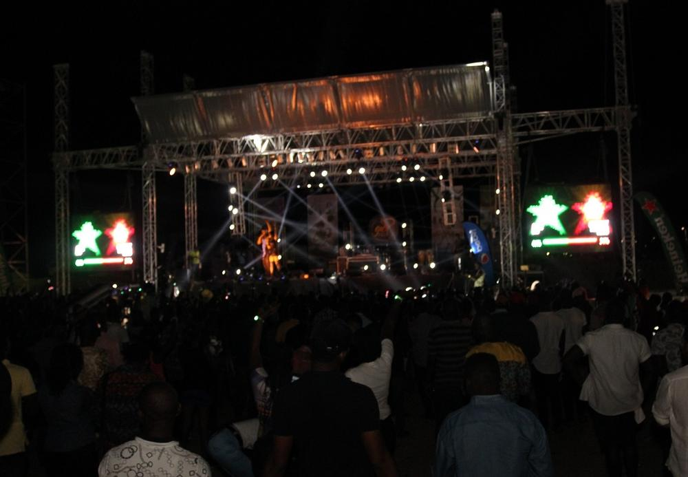 THE TAKEOVER live at #HeinekenGidiFest