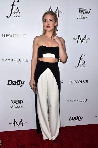 """WEST HOLLYWOOD, CA - MARCH 20:  Actress Kate Hudson attends the Daily Front Row """"Fashion Los Angeles Awards"""" at Sunset Tower Hotel on March 20, 2016 in West Hollywood, California.  (Photo by Alberto E. Rodriguez/Pret-a-Reporter/Getty Images)"""