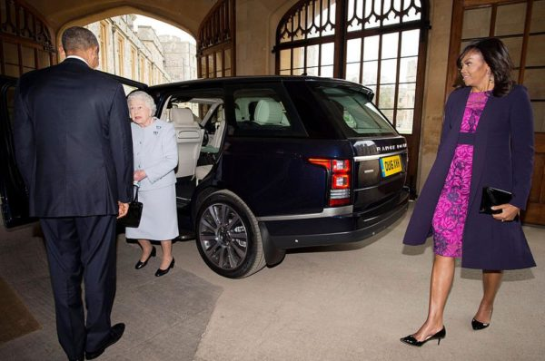 WINDSOR, ENGLAND - APRIL 22: US President Barack Obama, First Lady Michelle Obama and Queen Elizabeth II arrive at the Sovereign's Entrance in the Quadrangle of Windsor Castle after landing by helicopter at Windsor Castle for a private lunch on April 22, 2016. The President and his wife are currently on a brief visit to the UK where they will have lunch with HM Queen Elizabeth II at Windsor Castle and dinner with Prince William and his wife Catherine, Duchess of Cambridge at Kensington Palace. Mr Obama will visit 10 Downing Street on Friday afternoon where he is to hold a joint press conference with British Prime Minister David Cameron and is expected to make his case for the UK to remain inside the European Union. (Photo by Geoff Pugh - WPA Pool/Getty Images)
