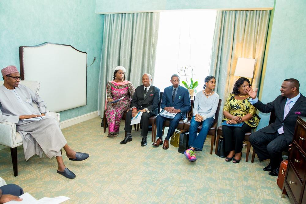 Buhari meets Nigerians 1