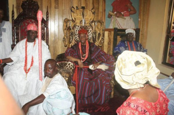 Deji of Akure and Ooni of Ife 12919189_169058746820470_1649191772_n