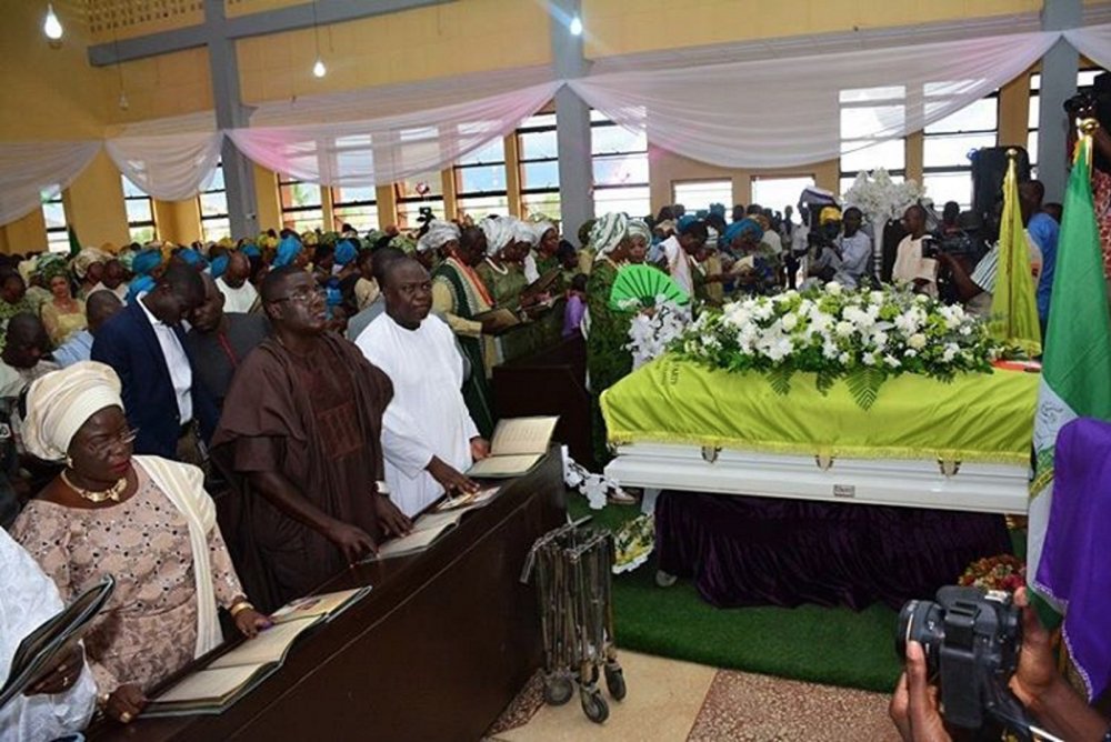 Governor Akinwunmi Ambode at Dr. Tunji Braithwaite's Funeral in Epe 9