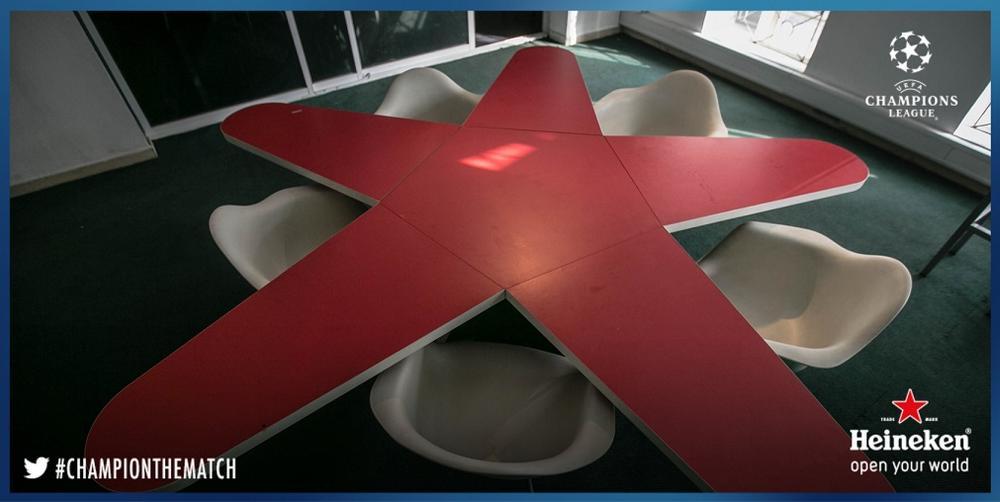 Heineken Star Table Set