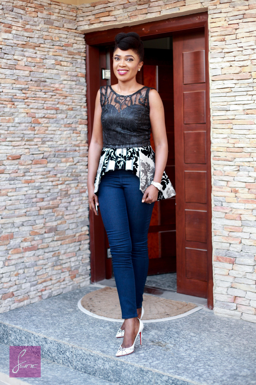 IMG_8680 Omoni Oboli - Birthday Photos - 22APR2016 - Sync