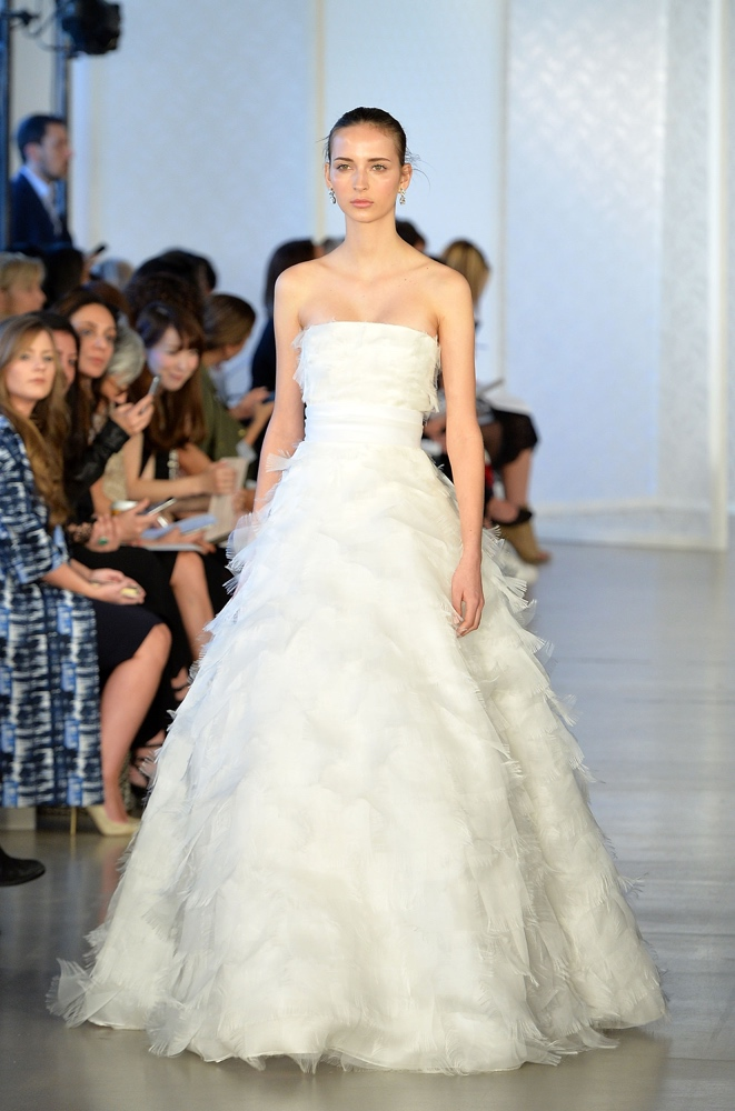 How Much Do Oscar De La A Wedding Dresses Cost 71