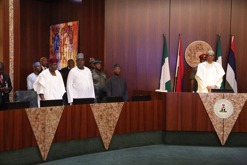 President Buhari and Nigeria Governor Forum in Aso Villa_April 2016 6
