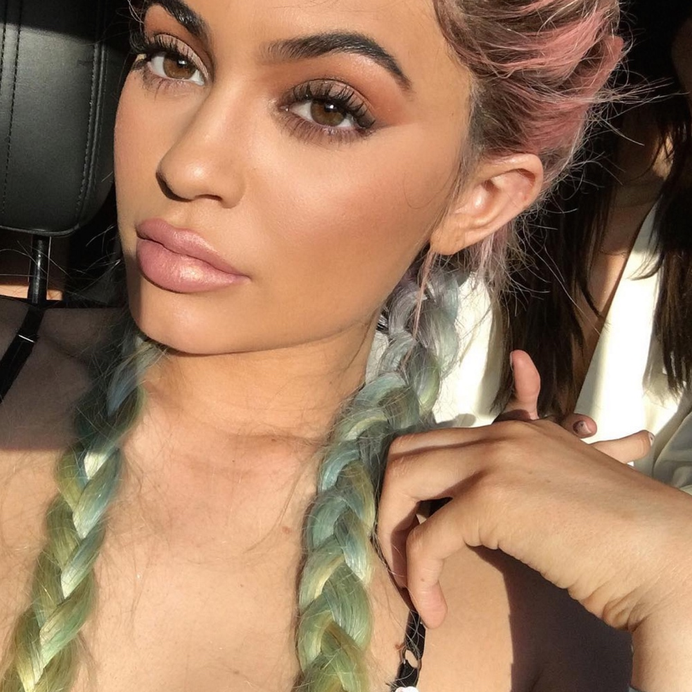bnfrofriday hair trend bellanaija april2016_kylie jenner