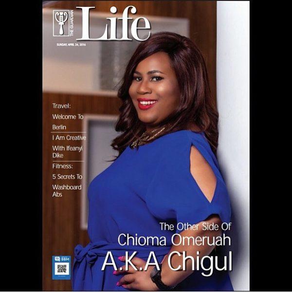 African woman comedian deep throats a dildo - 1 2