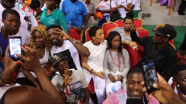 Abidjan fans and Nigerian celebrities