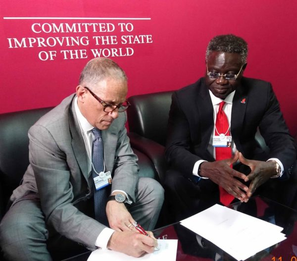 Chairman and President US EXIM Bank, Fred Hochberg and GMD/CEO, UBA Plc, Phillips Oduoza during the signing of a $100 million trade finance deal between both institutions in Kigali, Rwanda on Wednesday at the sidelines of WEF.