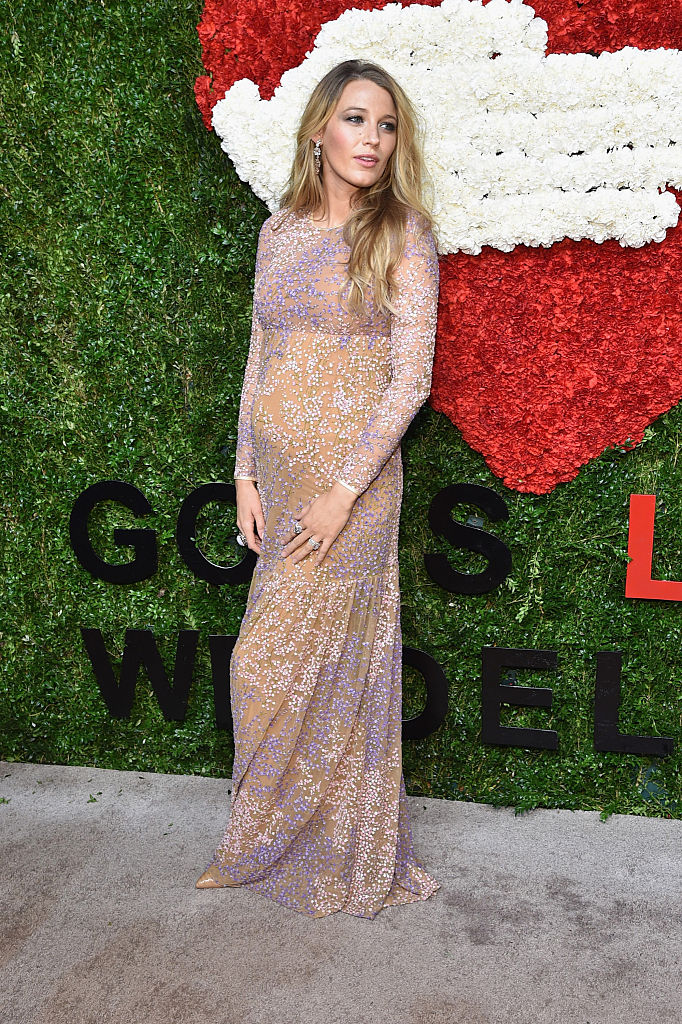 NEW YORK, NY - OCTOBER 16: Actress Blake Lively attends God's Love We Deliver, Golden Heart Awards on October 16, 2014 in New York City. (Photo by Mike Coppola/Getty Images for Michael Kors)