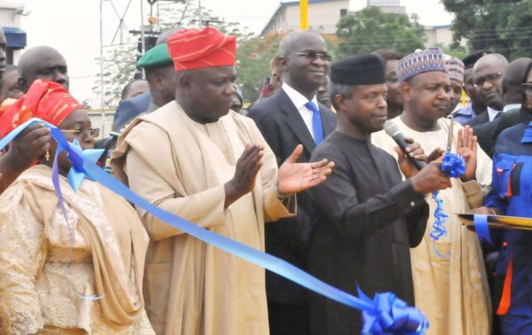 PIC. 9. FROM LEFT: DEPUTY GOVERNOR OF LAGOS STATE, DR IDIAT ADEBULE; GOV. AKINWUNMI AMBODE OF LAGOS STATE; FORMER GOVERNOR AND MINISTER OF POWER, WORKS AND HOUSING, MR BABATUNDE FASHOLA (SAN); VICE PRESIDENT YEMI OSINBAJO, AND GOV. ABUBAKAR BAGUDU OF KEBBI STATE, AT THE INAUGURATION OF LAGOS STATE EMERGENCY MANAGEMENT AGENCY (LASEMA) RESCUE EQUIPMENT, DURING THE VICE PRESIDENT'S VISIT TO LAGOS STATE AS REPRESENTATIVE OF PRESIDENT MUHAMMADU BUHARI ON MONDAY (23/7/16). 3747/23/5/2016/MA/BJO/NAN